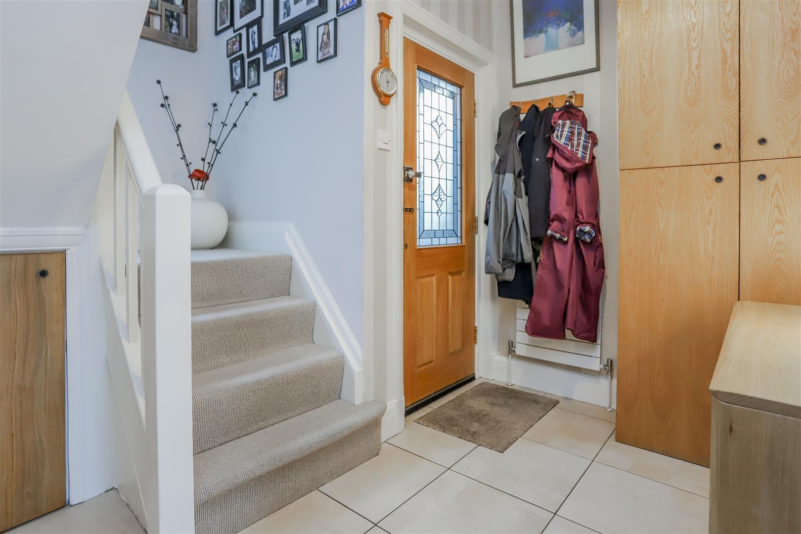 3 Bedroom Semi-detached House For Sale - 8.JPG